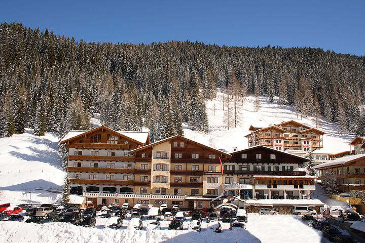 Hotel Enzian (Ski-Opening)