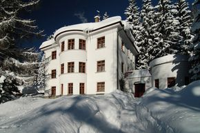 Hotel resort & suites Bedriska