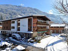 Kaltenbach - Ried - Stumm (Zillertal) - Hotel Landhaus Rissbacherhof