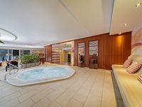 Doppelzimmer Bad/WC (ca. 25 m²), ÜF