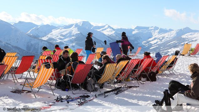 g nstiger skiurlaub saalbach apr s ski skiurlaub all inclusive. Black Bedroom Furniture Sets. Home Design Ideas