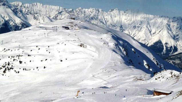 Skiregio pitztal appartement ski chalet aan de piste for Huis aan de piste oostenrijk