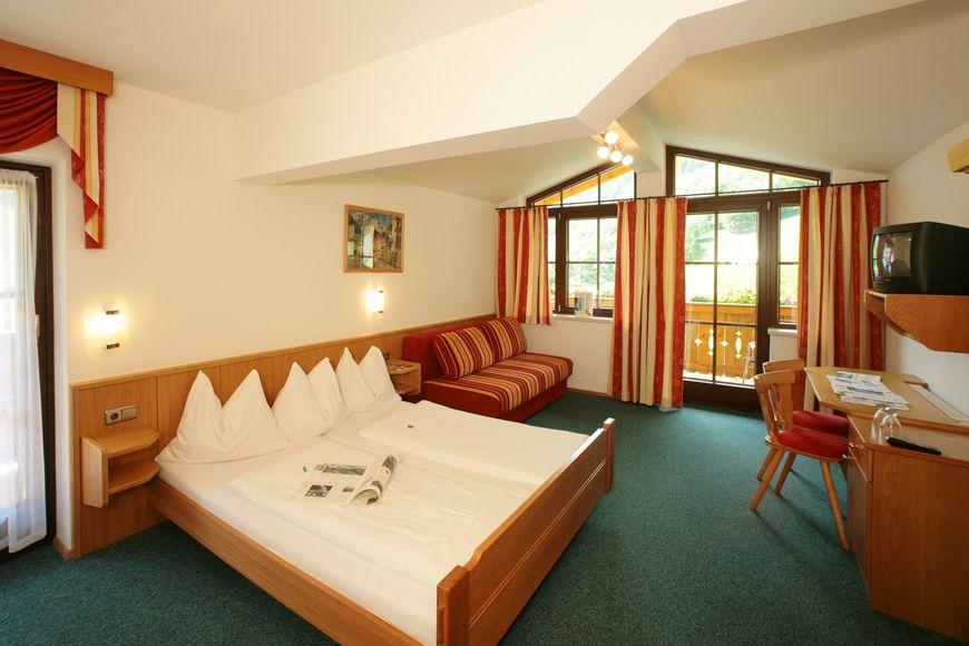 Slide2 - Holiday Village Hotel Ponyhof