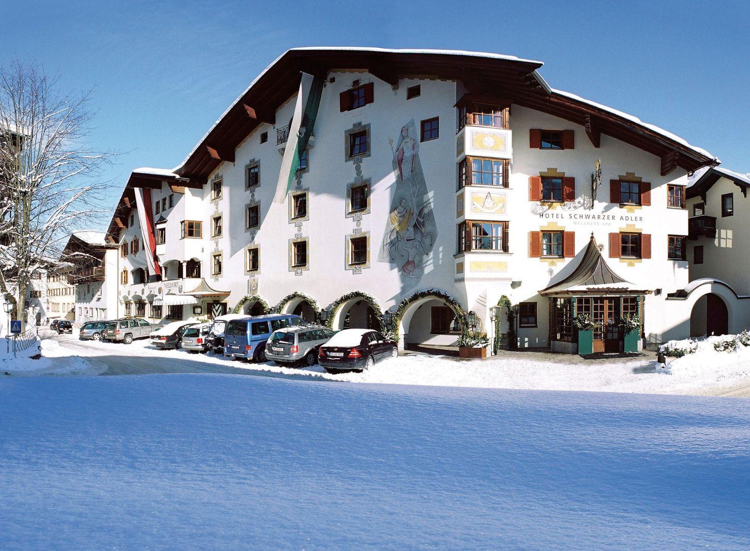 Hotel Schwarzer Adler - Slide 1