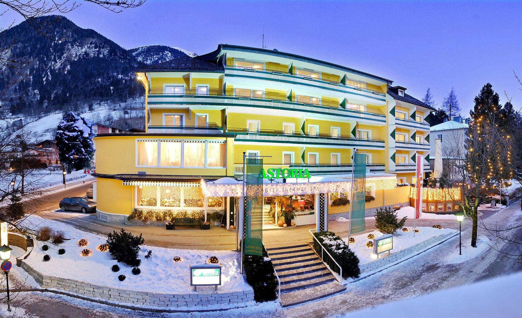 Hotel Astoria - Slide 1