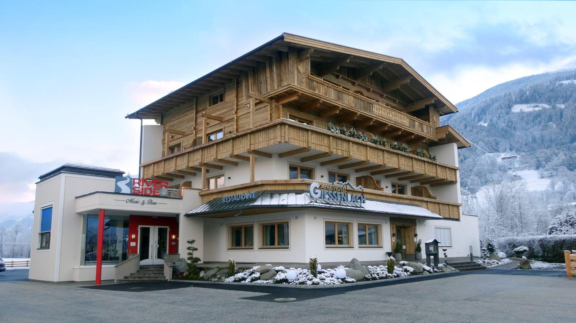Slide1 - Hotel Restaurant Giessenbach