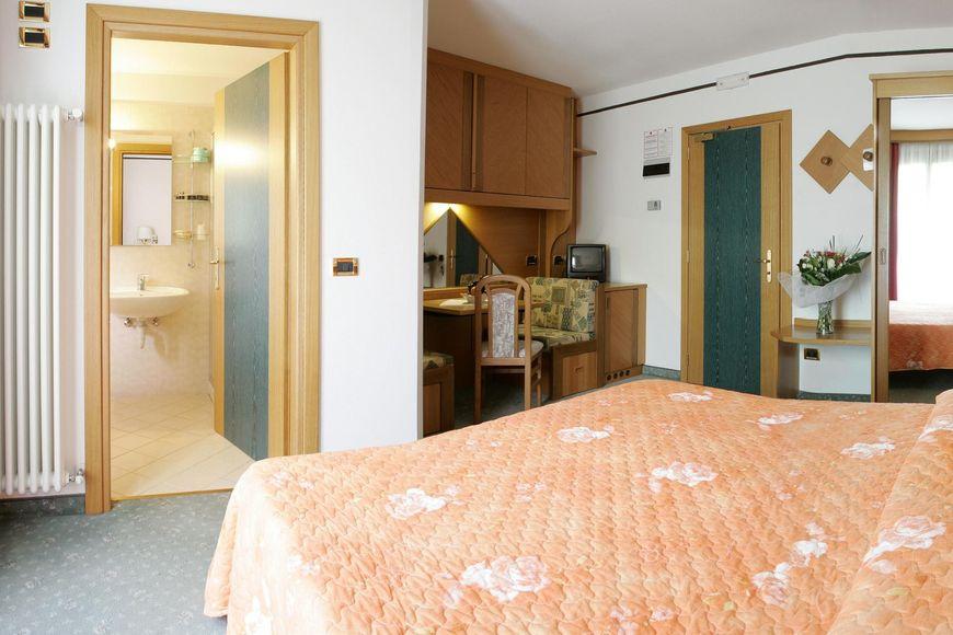 Hotel Sant Anton - Apartment - Bormio