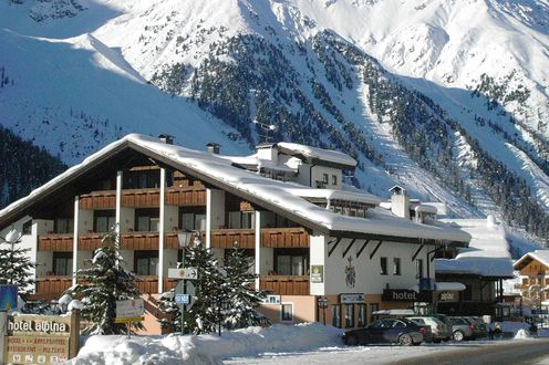 Hotel Alpina Mountain Resort