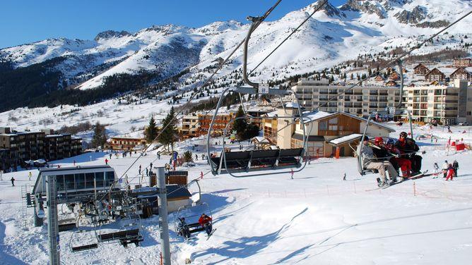 Ski holidays St. François-Longchamp - ski deals - cheap ski ...