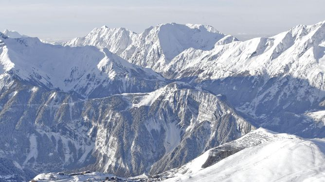 Ski holidays Alpe dHuez ski deals cheap ski packages lift pass