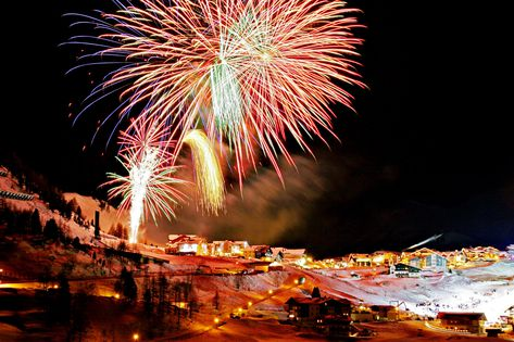 New Year Ski Holidays & Ski Deals New Years Eve 2021/2022