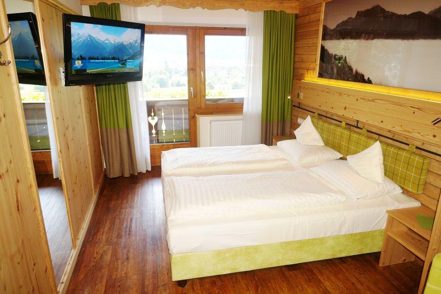 Hotel Kirchbichlhof - Slide 2