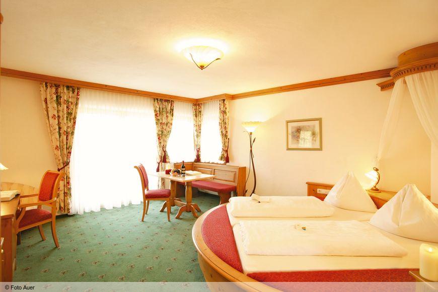 Vital- und Panoramahotel Sonnenhof - Slide 2