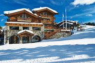 From mountain hut to Alpine chalet - ski holiday with mountain flair
