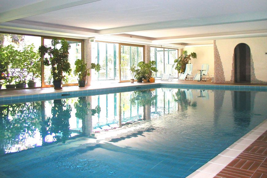 Slide3 - Hotel Strolz