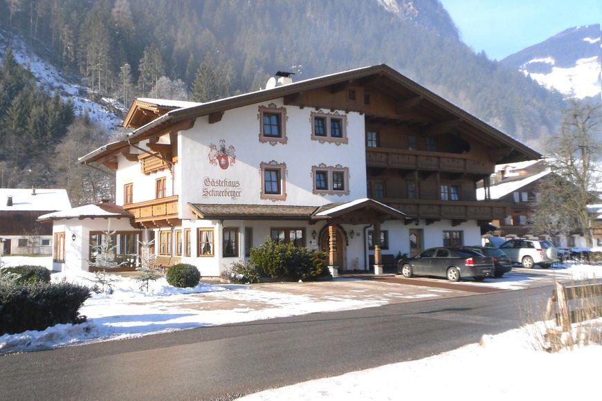 Slide4 - Gastehaus Schneeberger