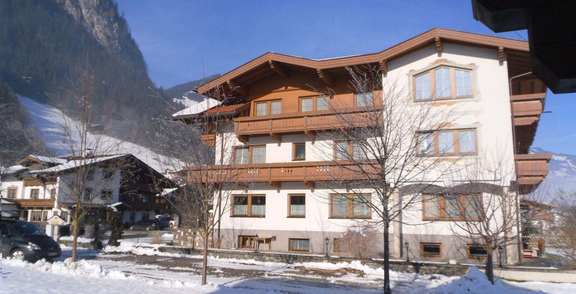 Slide1 - Gastehaus Schneeberger