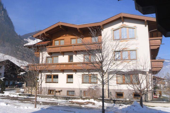 gastehaus schneeberger