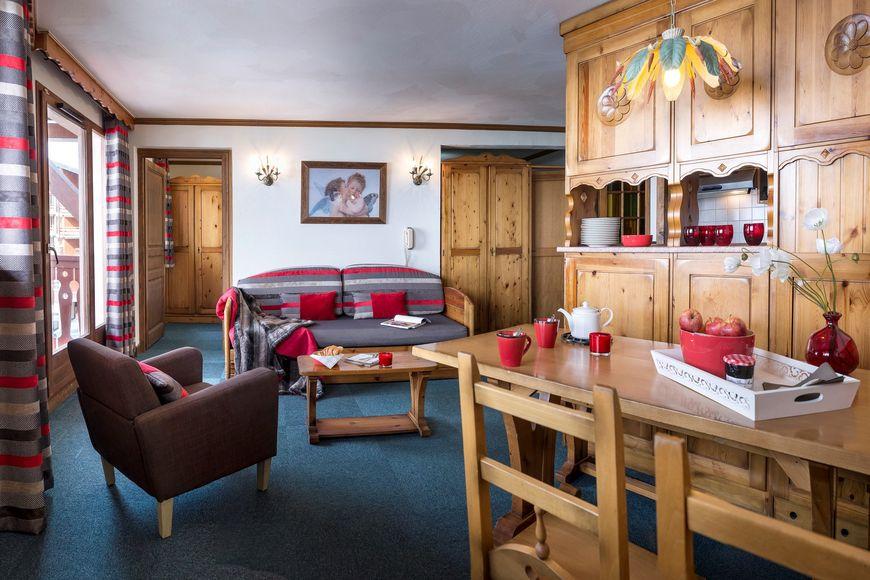 Slide2 - Residence Village Montana