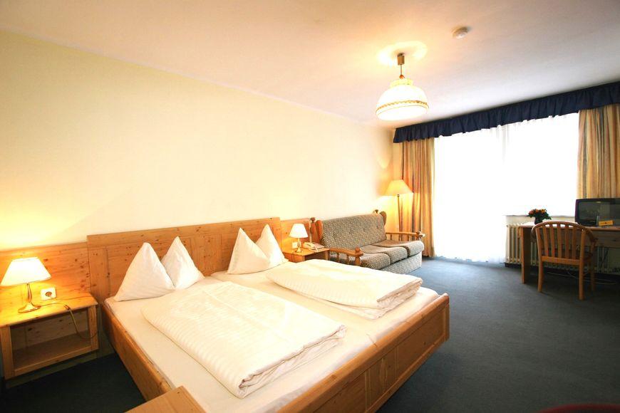 Slide2 - Ferienhotel Alber Tauernhof
