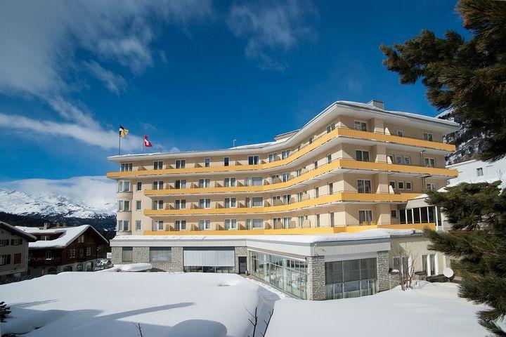 Slide1 - Hotel Schweizerhof