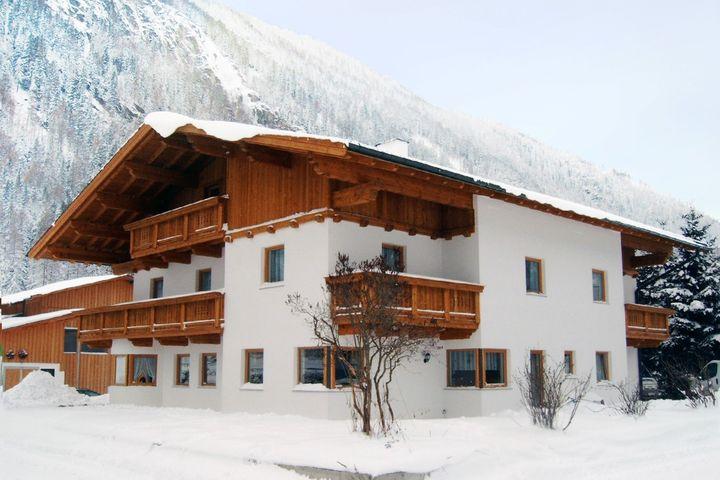 apartment house holzknecht