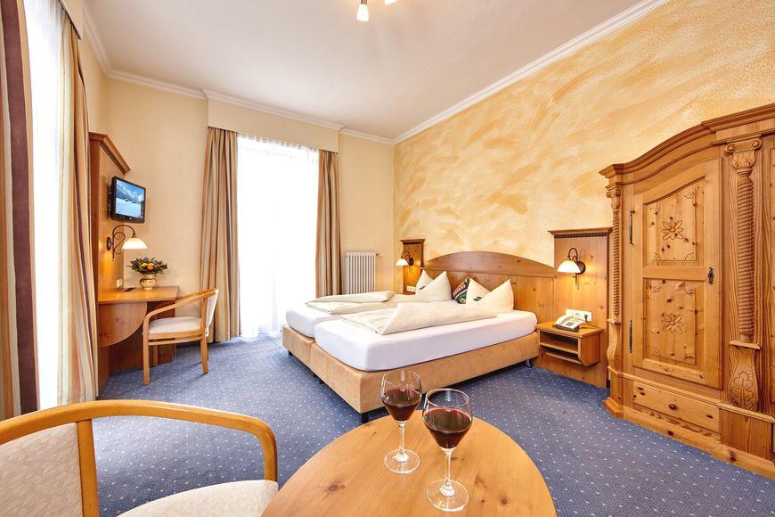 Hotel Vier Jahreszeiten - Apartment - Garmisch-Partenkirchen
