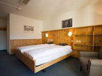 Einzelzimmer Du/WC (ca. 16 m²), ÜF