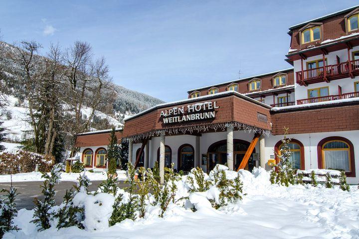 alpine hotel weitlanbrunn