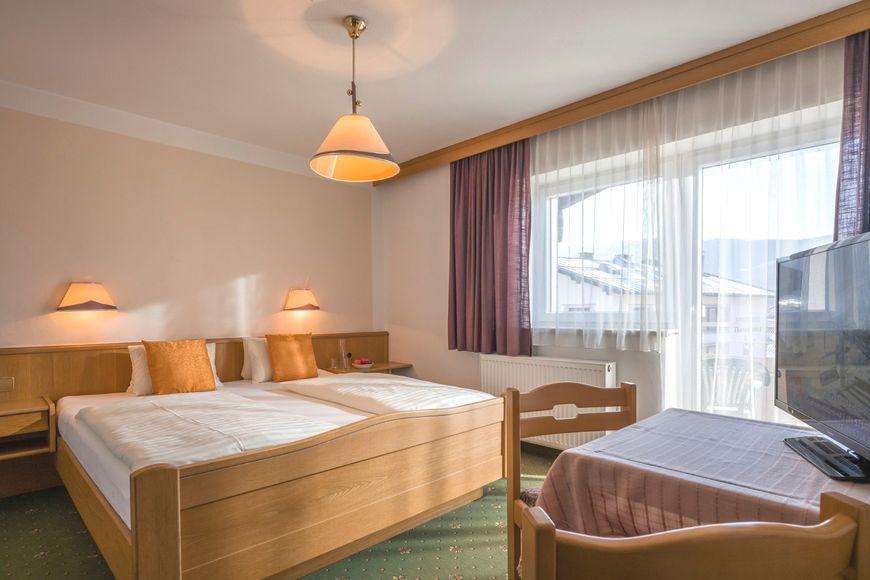 Slide2 - Hotel Fleidingerhof