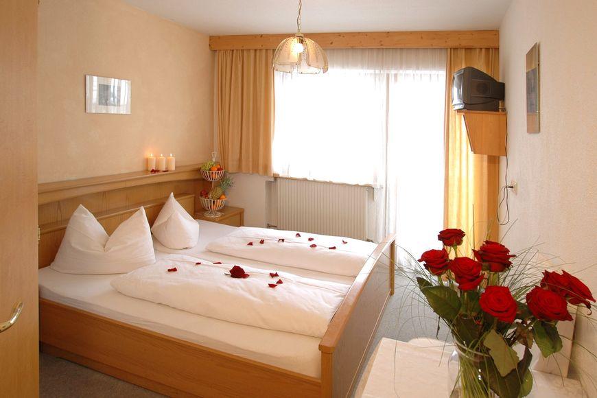 Slide2 - Natur.Hotels.See Hotel Ad Laca