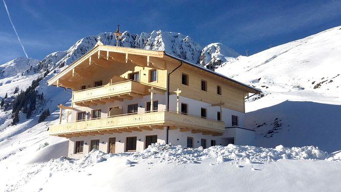 Trattenbach Suites