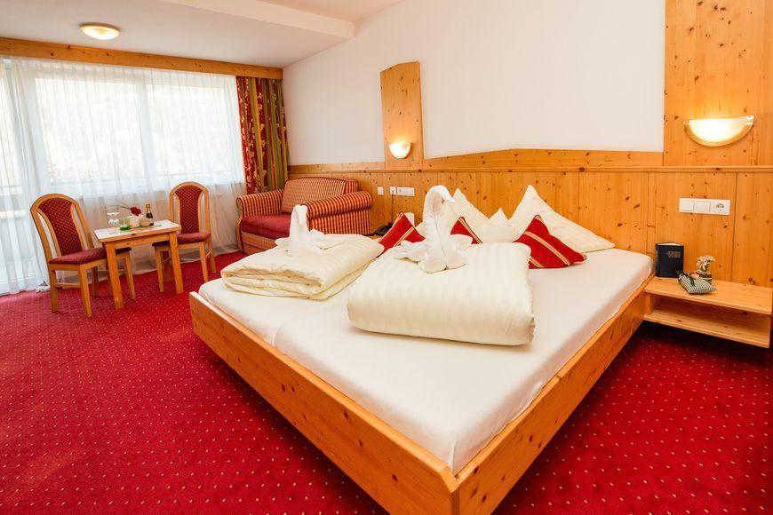 Slide2 - Hotel Alpina Resort