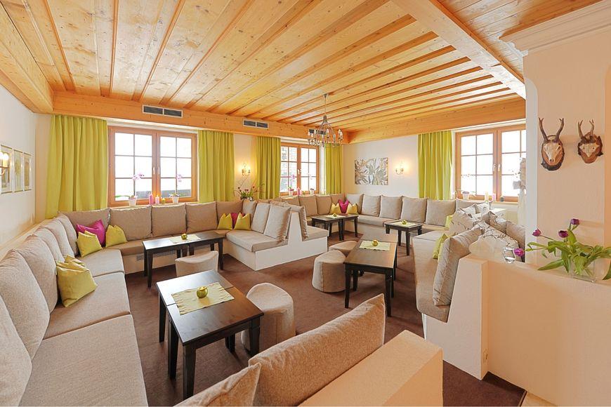 Hotel Der Almhof - Slide 4