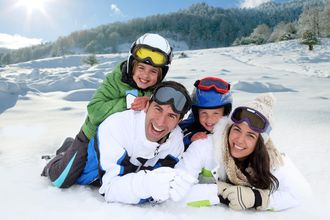 Family Holidays: ski holidays with kith and kin!