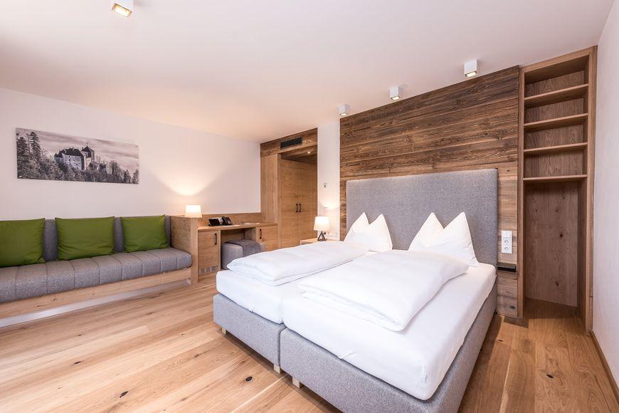 Slide2 - PURADIES - Hotel & Chalet Resort