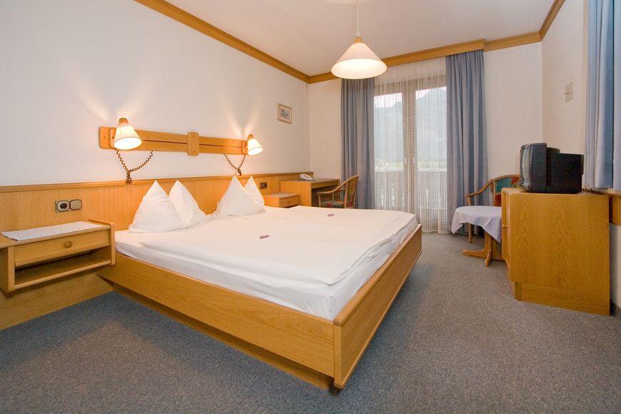 Hotel Sonnenhof - Slide 2
