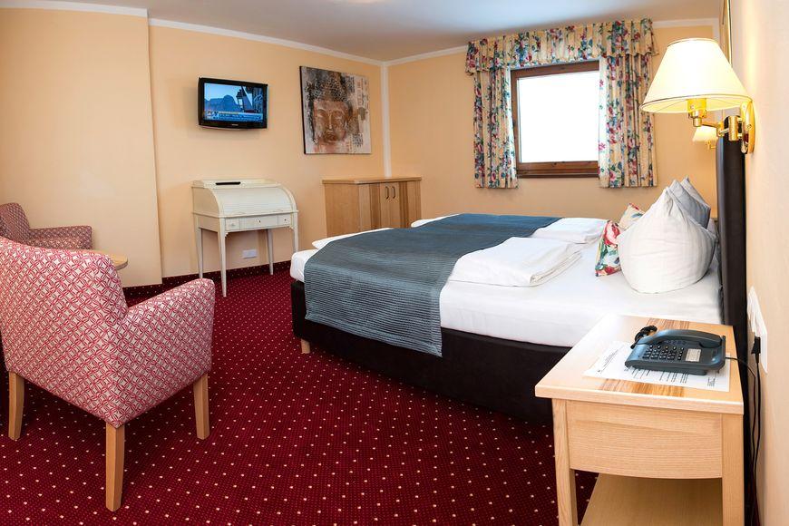 Hotel Schneeberger - Apartment - Niederau