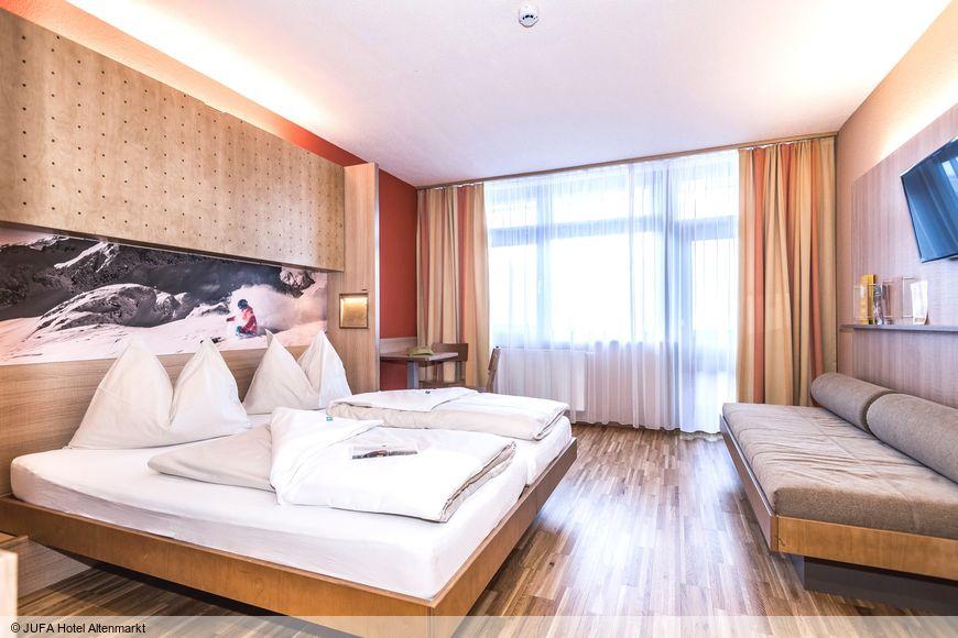 JUFA Hotel Altenmarkt - Slide 2