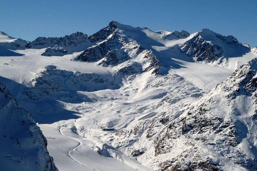 Slide3 - Pensions Pitztaler Gletscher