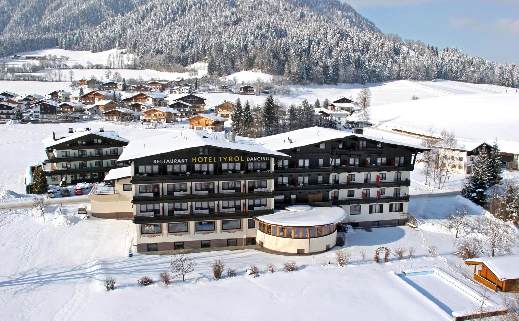 Slide1 - Hotel Tyrol