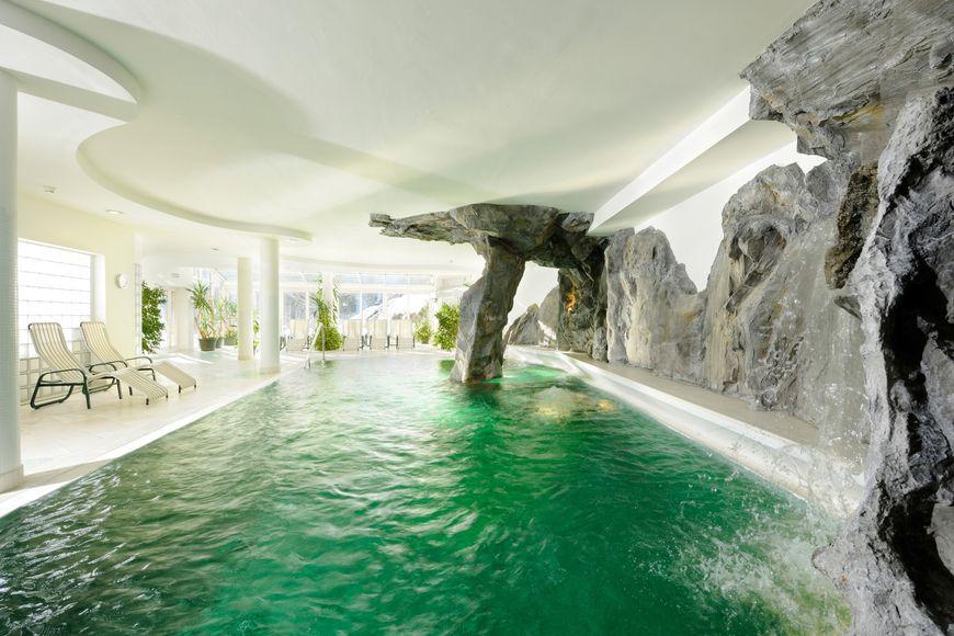 Slide3 - Hotel Saalbacher Hof