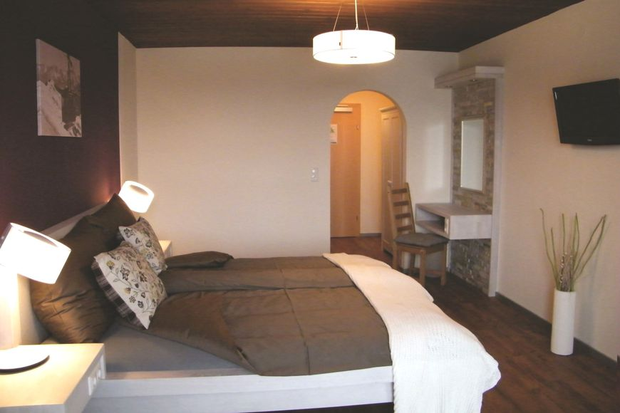 Dahoam by Sarina Hotel & Suites - Apartment - Zell am See
