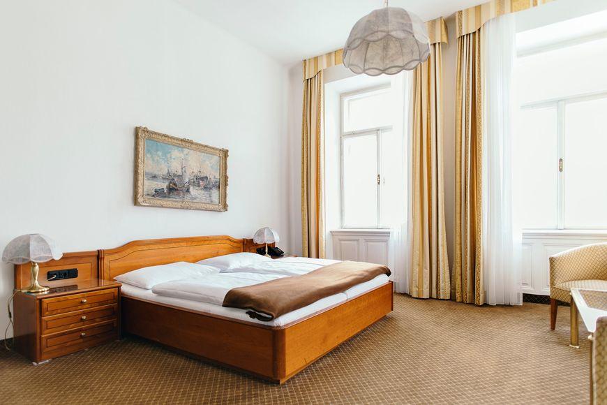 Hotel Weismayr - Slide 2
