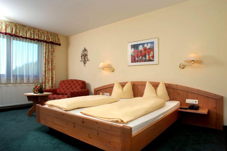 Slide2 - Mountain Hotel Holzer