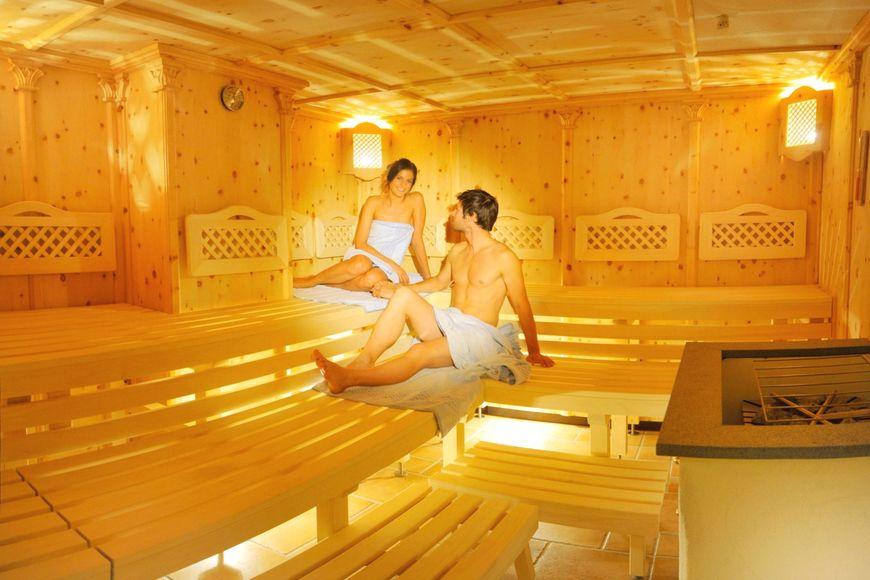 Slide3 - Hotel Sonnenhugel