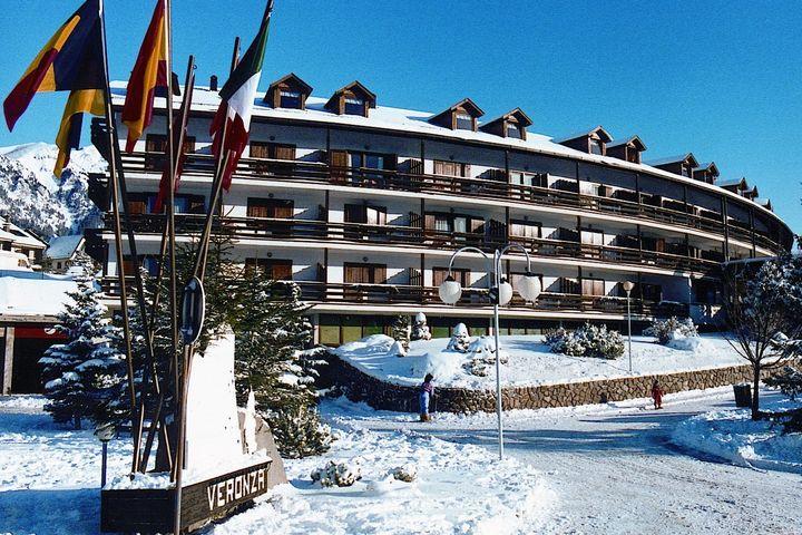 apartment resort veronza