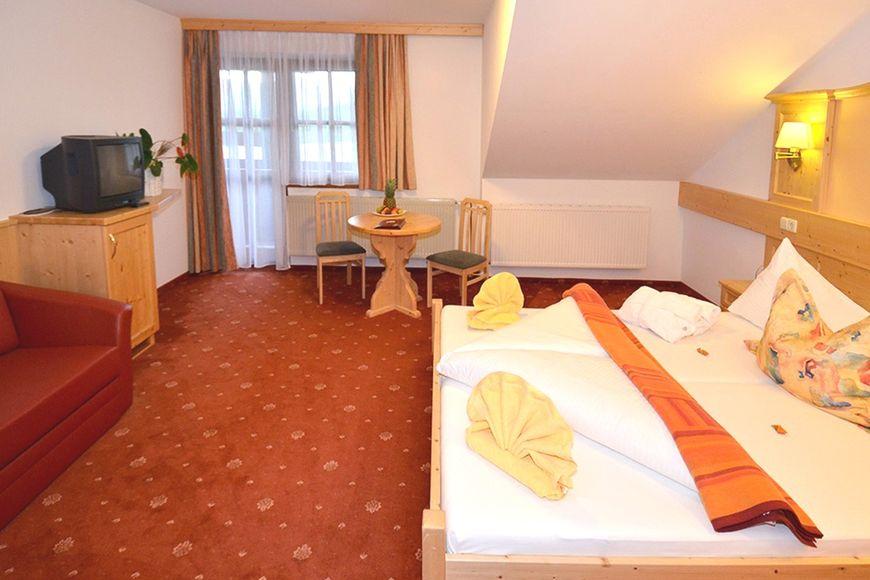 Hotel Berghof - Slide 2