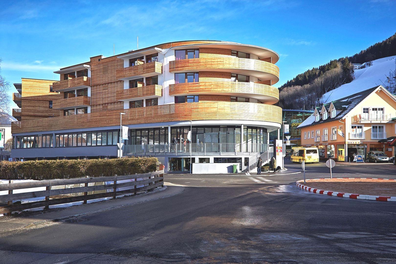 Slide1 - Hotel Planai
