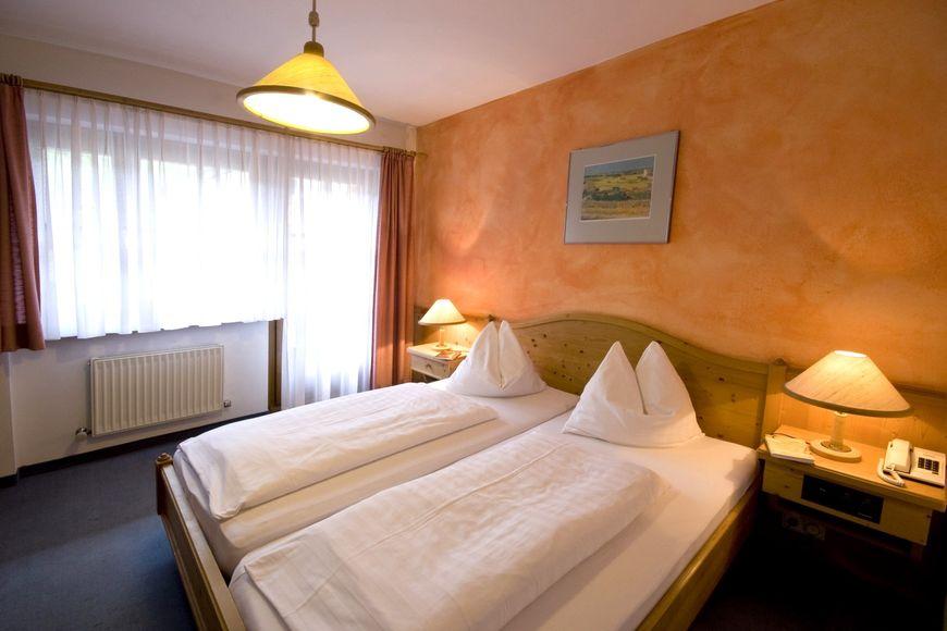 Slide2 - Sporthotel Dachstein West